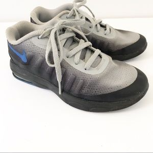 Nike Boy's Gray Sneakers Size 1